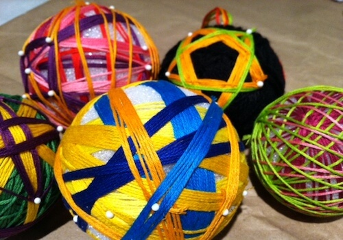 several multicolor yarn balls